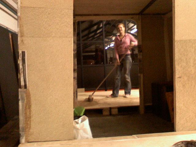 Nu met de planken erin, en katja die schoonmaakt!