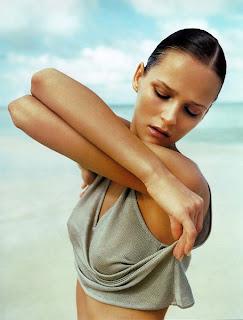 Supermodel Carmen Kass