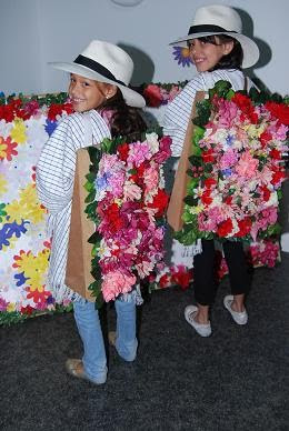 Ferias y fiestas colombia y santander viva la feria de for Silletas para ninos