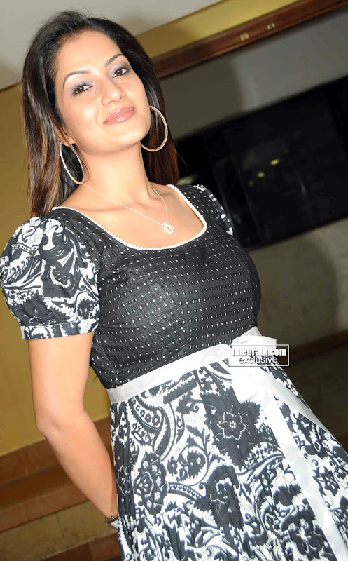 Masala Babe Ruthika Pics In A Cute Sexy Dress