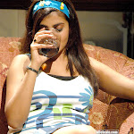 Tamil Actress Kausha Drinking And Smoking Pictures