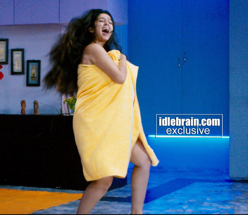malayalam hot actresses sexy stills actress charmi in bath towel