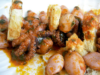 moscardini e calamari con pane