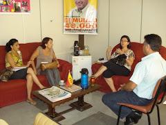 Vereador Edmundo, Maria do Carmo, Geane Trindade e Rosane em reunião no gabinete da presidência
