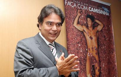 MINISTRO RECOMENDA SEXO PARA A HIPERTENSÃO- clique na foto para ler