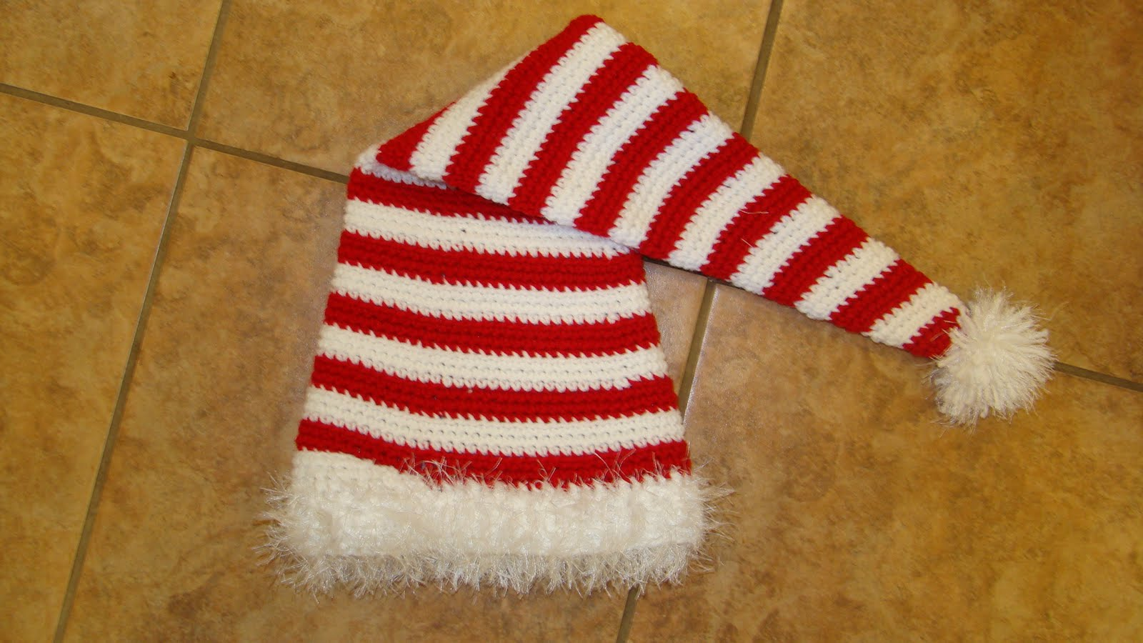 Crafts By Starlight: Christmas Crafts - Crochet Candy Cane Hat