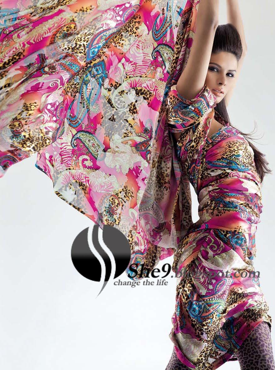 %5bGul+Ahmed+Lawn+www.She9.blogspot.com+%2812%29.jpg%5d