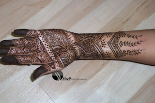 Floral Heena Design