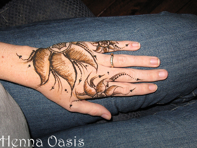 Mehndi Hands Cover Photos : Latest new arabic and indian mehndi design she