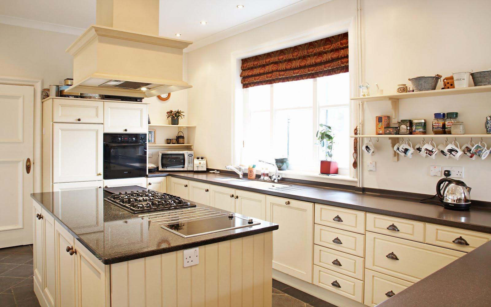 Cymru kitchens ltd cymru kitchens kitchen bathroom example for Kitchen examples pictures