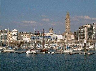 http://1.bp.blogspot.com/_88jD1cjR3cw/SiF_yWNwvmI/AAAAAAAABEY/VzCTPocdgLY/S1600-R/Le_Havre_port_de_plaisance.jpg
