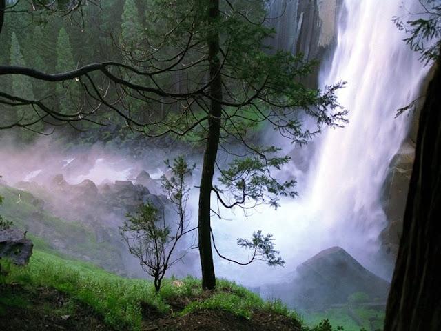 [Grand Waterfall 1 - 1024x768.jpg]