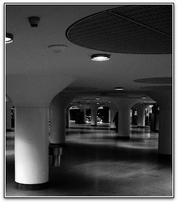 T-Centralen, en fredagsmorgon i februari, 2009