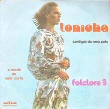 A moda da saia curta 1975