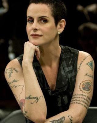 Tatuagem Fernanda Young
