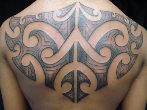 Tatuei tatuagem fotos de tatuagens femininas e masculinas tatuagem tribal nas costas tatuagem tribal maori thecheapjerseys Image collections