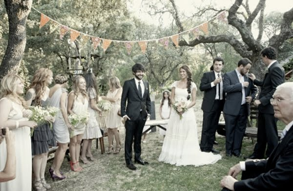 When I saw this beautiful spanish wedding on Once Wed I just about squealed