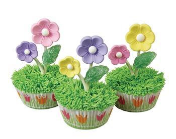bloomming floral cupcakes