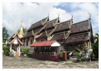 Wat Chumpol Nikayaram