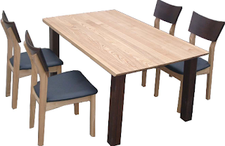 Dining Table with four dimensions