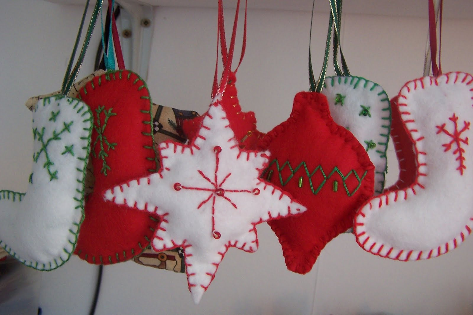Sew susan christmas decoration nightmare for Christmas decoration 94