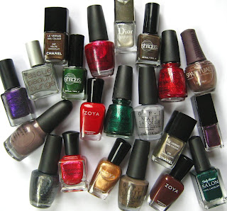 holiday nail polish 2008 Gift Guide   The 21 Hottest Holiday Polishes