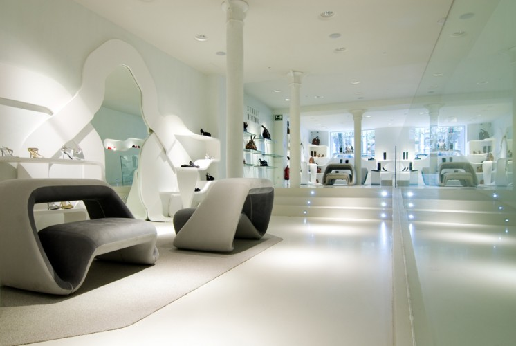 Rosa calvo dise adora de interiores dise o locales for Diseno locales comerciales