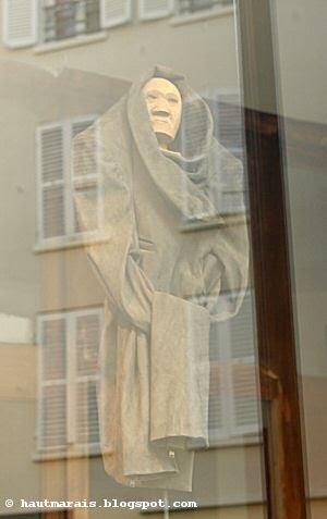 Vitrine Isabel Marant, rue Saintonge Paris