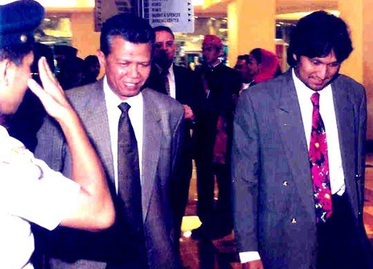 "Menbudpar saat Itu & Ikang Fawzi untuk ""Musicafe"" di Taman Anggrek Mall"