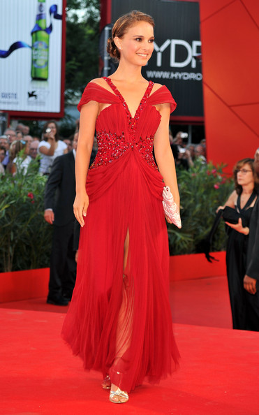 The lead in Black Swan, Natalie Portman, wore a beautiful red Rodarte dress
