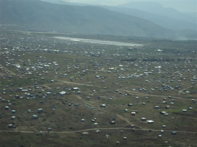  tents scattered