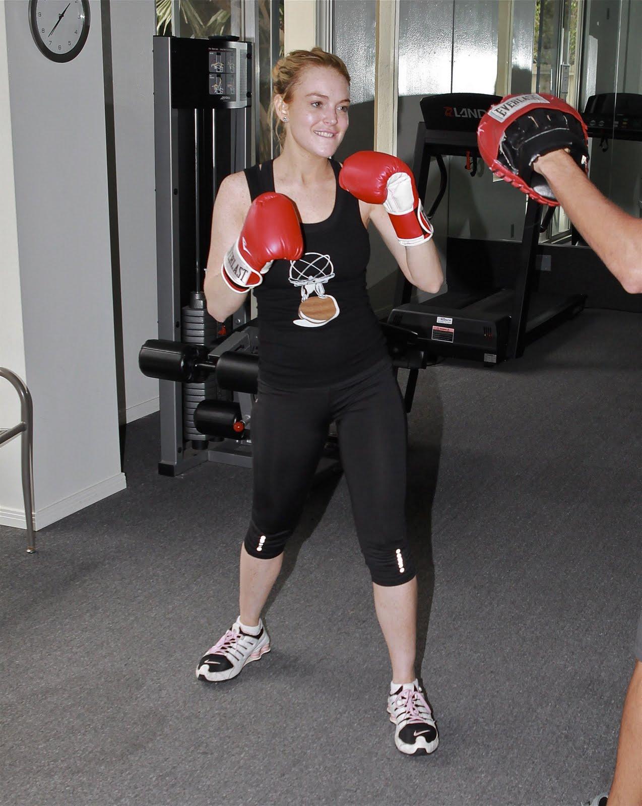 http://1.bp.blogspot.com/_8Fb4o_Cat9k/TIkSZiUL0kI/AAAAAAAALHw/YFPPbo-0u3c/s1600/September+8+-+Lindsay+Lohan+Kickboxing+at+a+Gym+in+Hollywood+06.jpg