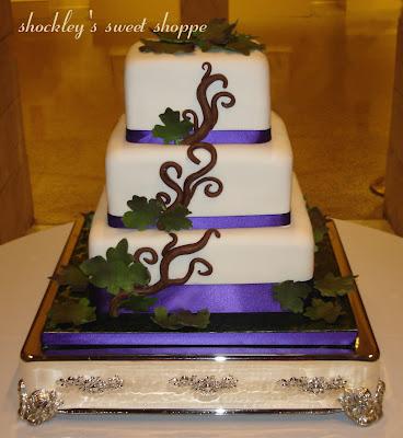 Shockleyssweetshoppe Readwrite Green Purple Leaf Foliage Wedding Cake