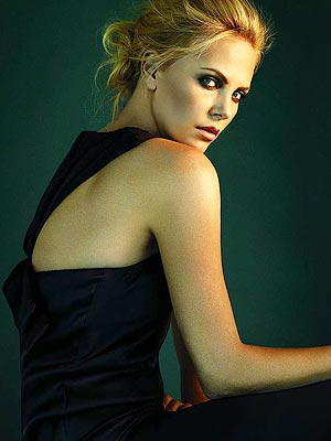 [CHARLIZE THERON] IS AN AMPUTEE IN [MAD MAX: FURY ROAD ...  Charlize Theron
