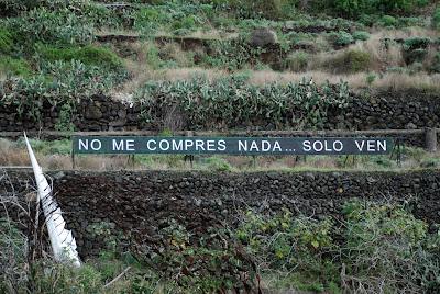 LA FRASE DE LA AUTOPISTA... No+me+compres+nada