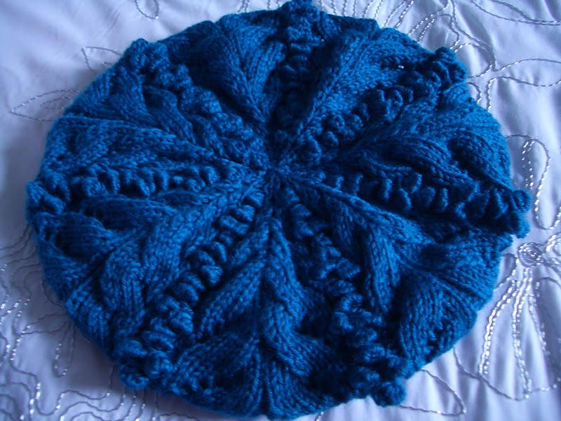 Free Knitting Pattern Beret Straight Needles : Knitted Creations: Bobbles and Leaves Beret