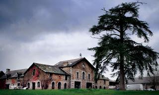 chateau in France where Joanne Hall got murdered by her husband Robert