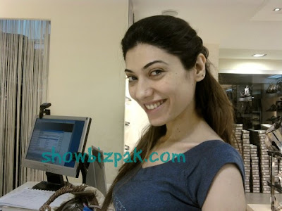 Pakistani Celebrities without Makeup