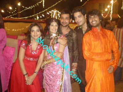 madiha iftikhar family - photo #44