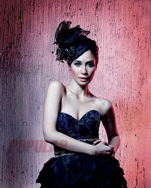 Cewek com, Foto Gadis - Seksi Indonesian Models