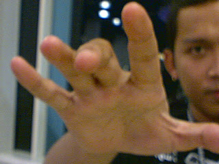 http://1.bp.blogspot.com/_8J4XfmhCYjE/SR5ToQy_OoI/AAAAAAAAABs/KGwCpFct_GM/s320/HypnoTizE.jpg