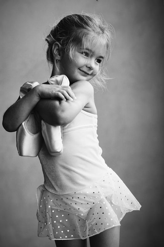 pretty things: pretty picture: mini ballerina