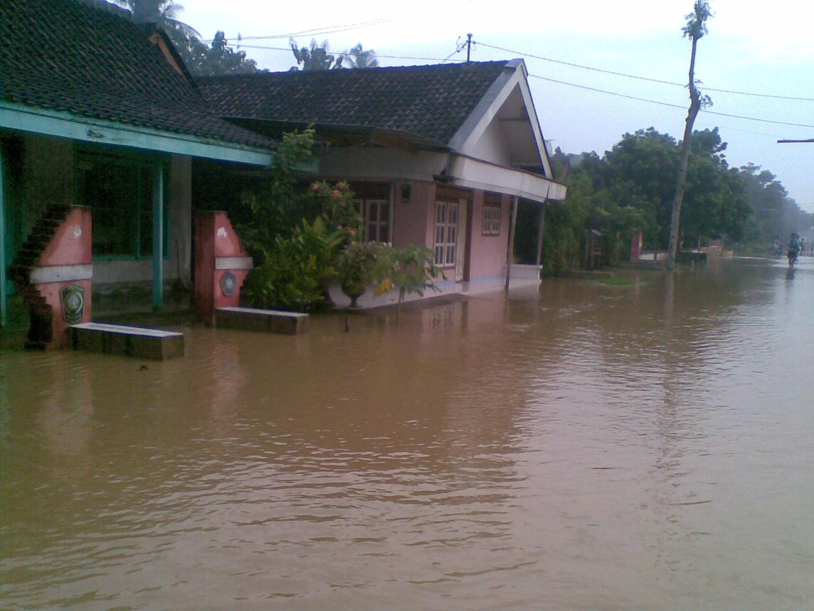 Does that cause a flood? | P A Q