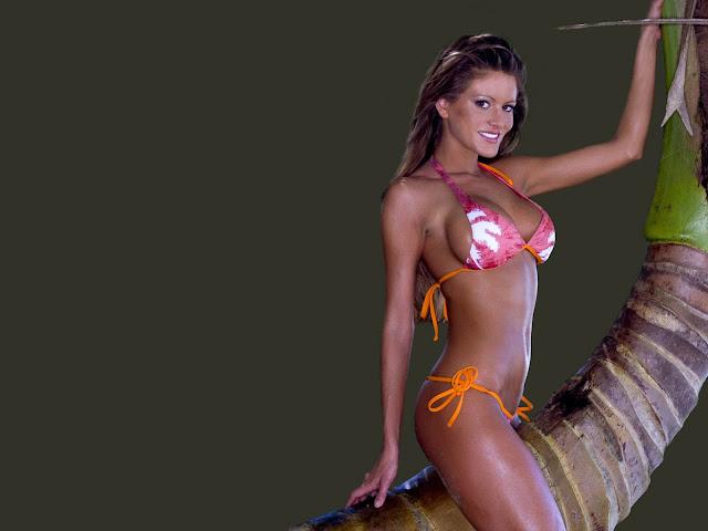 HQ Bikini Wallpaper Model