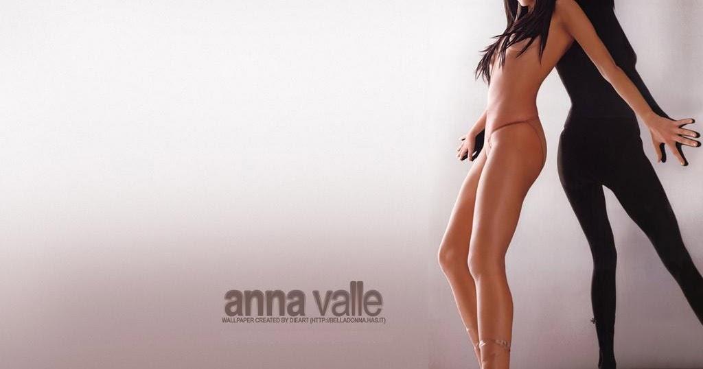 Anna Valle Micro Bikini Wallpaper