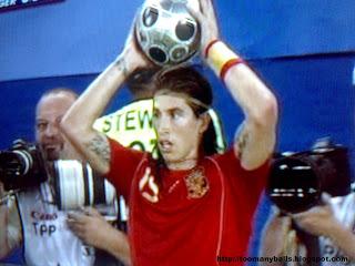 Euro 2008 : Sergio Ramos : toomanyballs