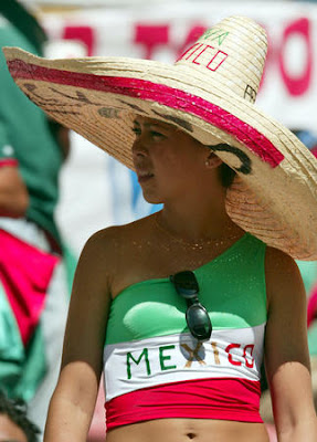 Mexican female football fans