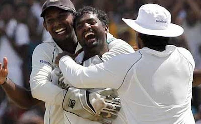Muralitharan after his 800th Test Victim