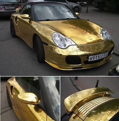 Extraordinary Golden Porsche