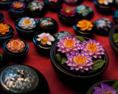 http://1.bp.blogspot.com/_8M4A38LyBBs/TI4b3Grs_XI/AAAAAAAAeVk/ZVXjruWUO6s/s1600/Beautiful+Soap+Flowers+9.jpg